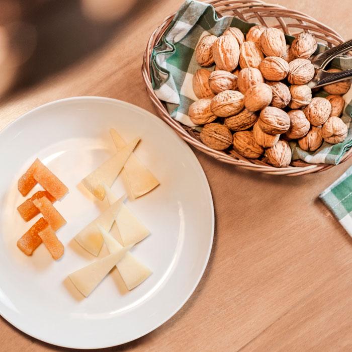 Postre queso y nueces